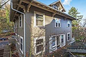 More Details about MLS # 16238705 : 2386 NW GLISAN ST 8