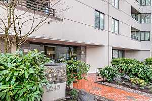 MLS # 17027851 : 2245 SW PARK PL  UNIT 6C