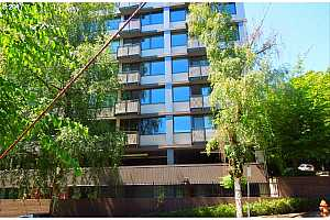 MLS # 17132877 : 2020 SW MAIN ST  UNIT 304
