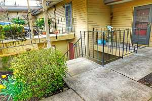 More Details about MLS # 17260651 : 9810 SW 34TH PL 5