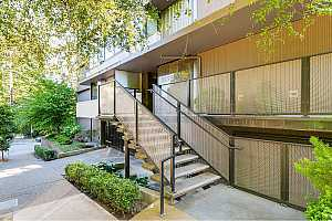 MLS # 17463785 : 2020 SW MAIN ST  UNIT 603