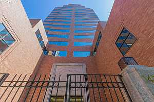 MLS # 17589144 : 1414 SW 3RD AVE  UNIT 2303