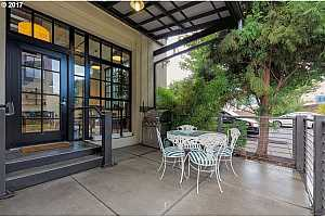 MLS # 17681456 : 1400 NW IRVING ST  UNIT 101