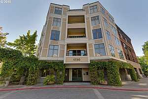 MLS # 18006671 : 1730 SW HARBOR WAY  UNIT 305