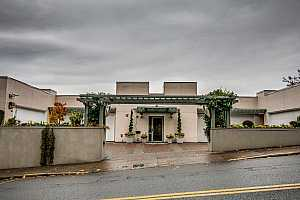 MLS # 18057139 : 1540 SW VISTA AVE  UNIT 1000