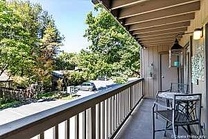 MLS # 18059498 : 7720 SW BARNES RD  UNIT G