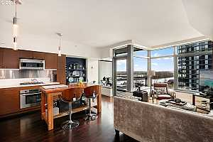 MLS # 18077985 : 3601 SW RIVER PKWY  UNIT 1314