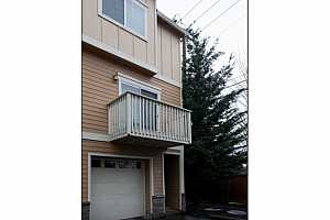 MLS # 18106307 : 18465 SW STEPPING STONE DR  UNIT 14