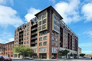 MLS # 18127342 : 411 NW FLANDERS ST  UNIT 611
