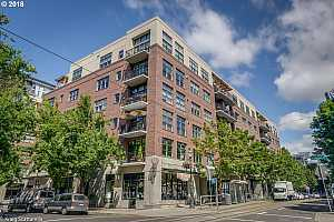 MLS # 18130597 : 821 NW 11TH AVE  UNIT 521