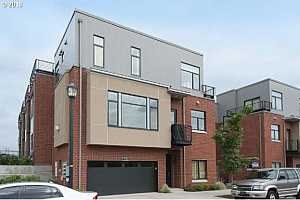 MLS # 18134140 : 1752 NW RIVERSCAPE ST