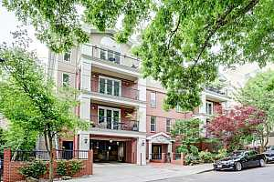 MLS # 18135895 : 2328 NW GLISAN ST  UNIT 6