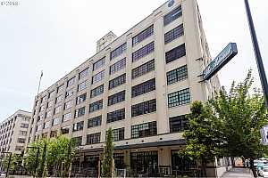 MLS # 18160828 : 1400 NW IRVING ST  UNIT 721