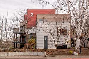 MLS # 18164278 : 820 NW NAITO PKWY  UNIT G-4