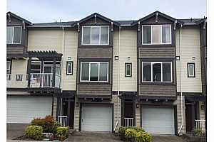 MLS # 18170909 : 13700 SW SCHOLLS FERRY RD  UNIT 102