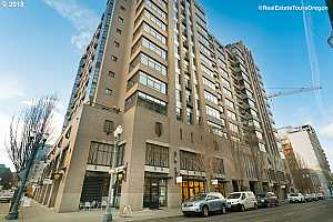 MLS # 18208736 : 333 NW 9TH AVE  UNIT 1502