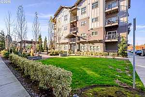 MLS # 18212477 : 13895 SW MERIDIAN ST  UNIT 213