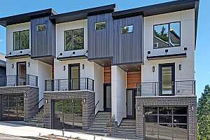 More Details about MLS # 18223533 : 1625 SW MONTGOMERY ST A