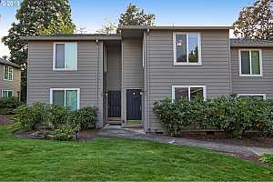 MLS # 18235239 : 10900 SW 76TH PL  UNIT 51