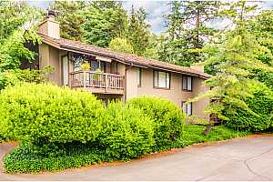 MLS # 18251861 : 7750 SW BARNES RD  UNIT #C