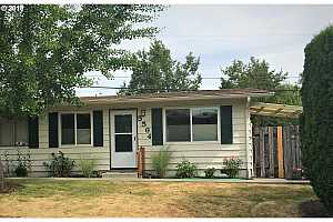 More Details about MLS # 18257772 : 5564 SW ERICKSON AVE B