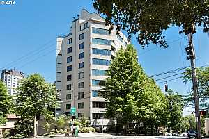 MLS # 18262912 : 2245 SW PARK PL  UNIT 9B