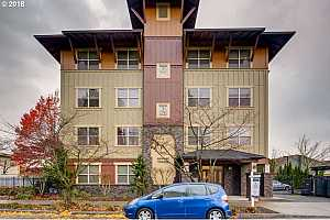 MLS # 18279266 : 400 NE 100TH AVE  UNIT 310