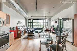MLS # 18286080 : 1400 NW IRVING ST  UNIT 419