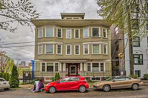 MLS # 18290448 : 1714 NW COUCH ST  UNIT 20