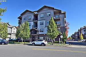 MLS # 18295795 : 13915 SW MERIDIAN ST  UNIT 406