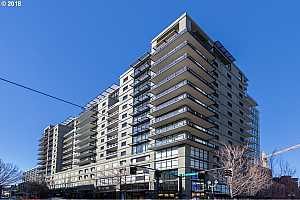 MLS # 18306018 : 1025 NW COUCH ST  UNIT 1120