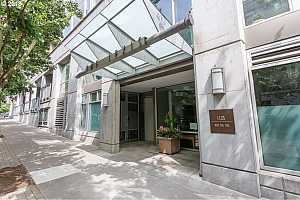 MLS # 18307410 : 1125 NW 9TH AVE  UNIT 522
