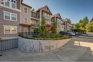 MLS # 18309169 : 1258 NW SHATTUCK WAY  UNIT 106