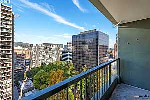 MLS # 18311125 : 111 SW HARRISON ST  UNIT 18C