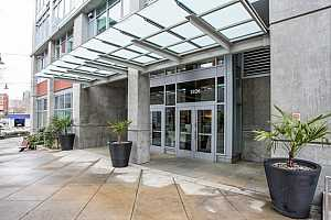 MLS # 18314744 : 1926 W BURNSIDE ST  UNIT 601