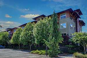 MLS # 18329534 : 400 NE 100TH AVE  UNIT 107