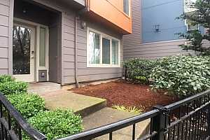 MLS # 18331693 : 8514 N CENTRAL ST  UNIT 17-3