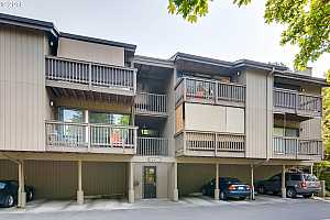 MLS # 18335107 : 7726 SW BARNES RD  UNIT B