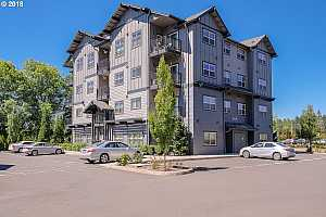 MLS # 18345713 : 13905 SW MERIDIAN ST  UNIT 209
