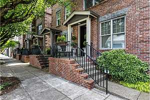 More Details about MLS # 18397484 : 1946 NW OVERTON ST