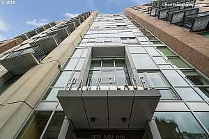 MLS # 18398982 : 922 NW 11TH AVE  UNIT 101