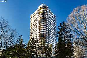 MLS # 18411614 : 1500 SW 5TH AVE  UNIT 1902