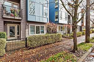 MLS # 18416548 : 7550 N BURLINGTON AVE