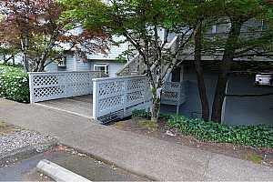 MLS # 18425327 : 3433 MCNARY PKWY  UNIT 303