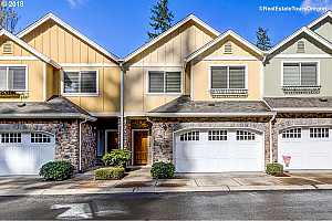 MLS # 18426743 : 2079 NE 49TH WAY  UNIT 5B