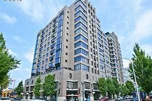 MLS # 18444614 : 333 NW 9TH AVE  UNIT 910
