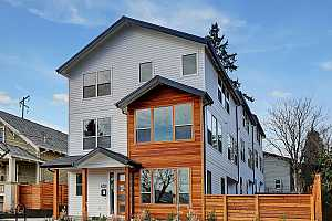 More Details about MLS # 18474600 : 4317 N BORTHWICK AVE