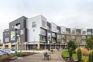 MLS # 18485419 : 12600 SW CRESCENT ST  UNIT 309