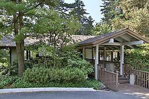 MLS # 18500153 : 7522 SW BARNES RD  UNIT F