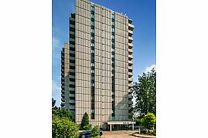 MLS # 18522127 : 2211 SW 1ST AVE  UNIT 101